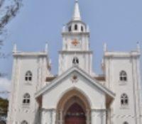 RWANDA CLOSES 700 UNSAFE, NOISY CHURCHES